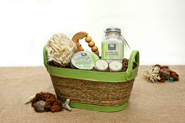 Organic spa gift basket 3rs rest relaxation rejuvenation organic spa gift basket 3rs rest relaxation rejuvenation ecochicgiftbaskets solutioingenieria Choice Image